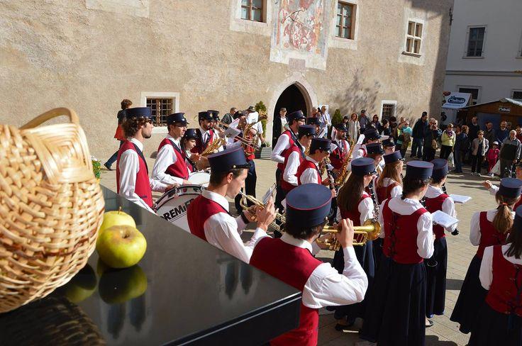 Pomaria - La festa della mela della Val di Non 8-9 Ottobre 2016 Livo (TN)