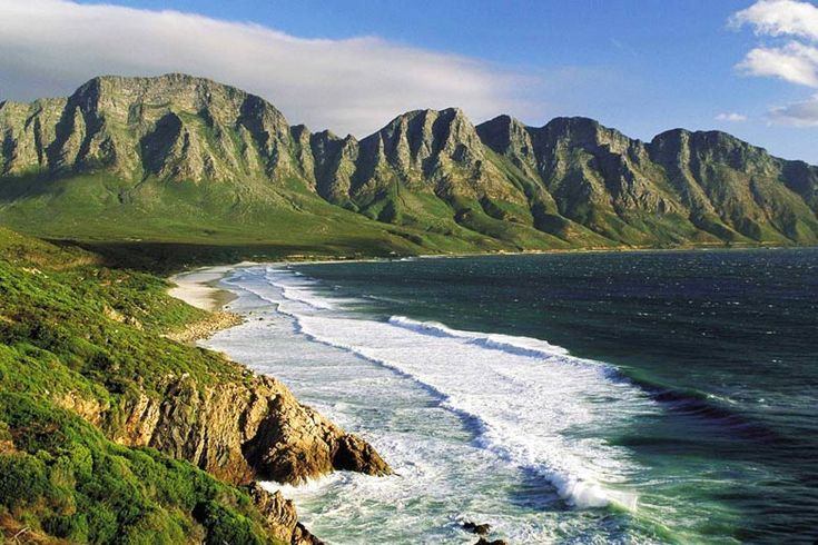 Kogelberg Mountains near Cape Town | Top 10 long haul winter sun destinations | Weather2Travel.com #travel #holiday #weather