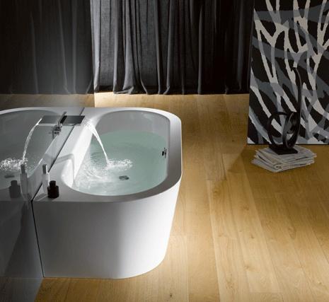 Bette starlet Silhouette - vrijstaand bad. In bad met zijn tweeën.