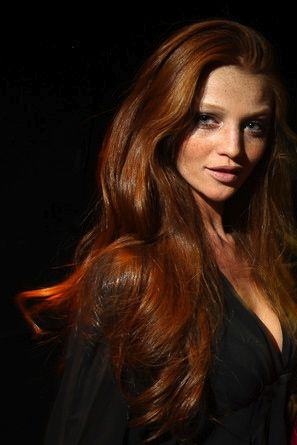 one of my favorite models/redheads Cintia Dicker