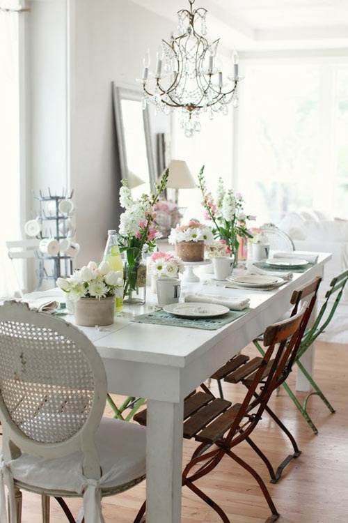 Black And White Dining Rooms With Lots Of Crystal