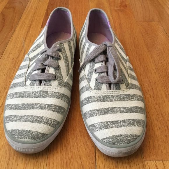 how to clean white leather keds