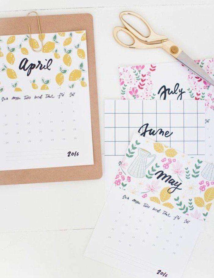 pages de calendrier à imprimer et à insérer dans son journal pour s'orienter dans le temps, agenda scolaire personnalisé très sympa