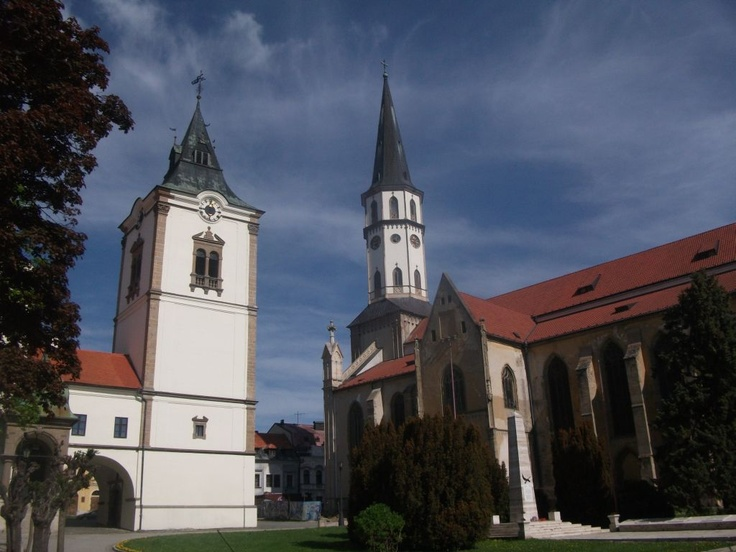 Old Roman church and the Cathedral in Levoca  http://www.centraleasteurope.com/slovakia/levoca.htm