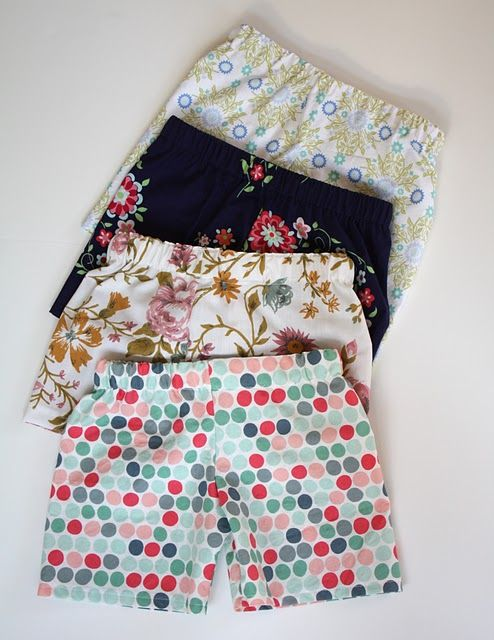 Kid's shorts without cuffs