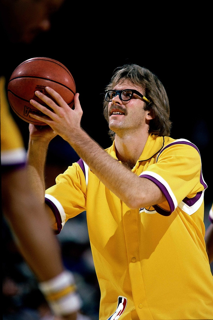 Kurt Rambis, LA Lakers ::: an awesome ROLE player who did the 'dirty work' --- you always need people like this, on Any team, and in Any organization - Lakers! :::: http://topnetworkersgroup.com (we are looking for solid ROLE Players to play a role with our team, and do what needs to be done, so that we can WIN championships in business, and in life.)