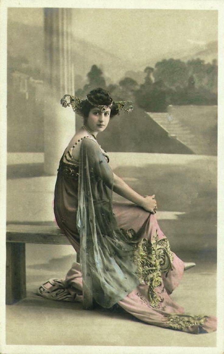 <3: Edwardian Postcards, Vintage Postcards, 1890S Fashion, Art Nouveau Fashion, Art Deco Fashion, Fashion Photography, Vintage Photo, Art Noveau, Fashion Postcards