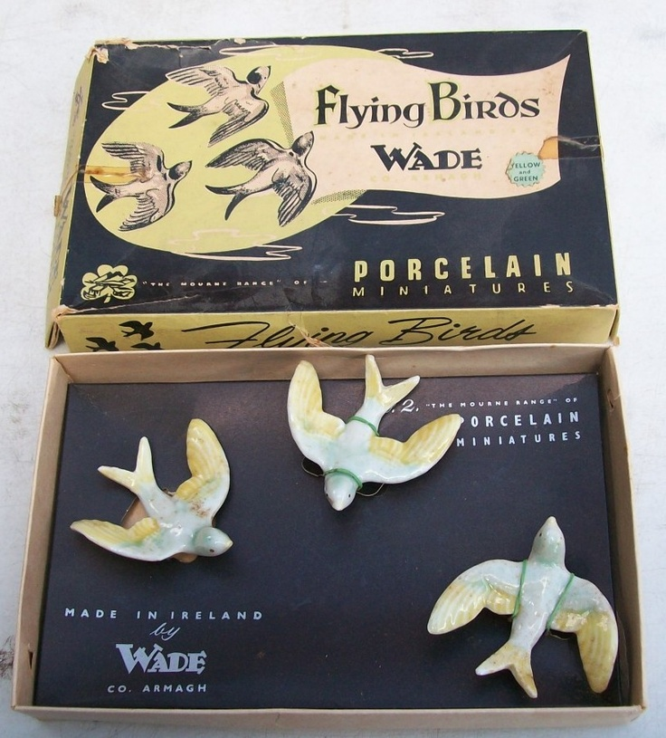 Just beautiful - Wade ceramic swallow plaques - still in packaging