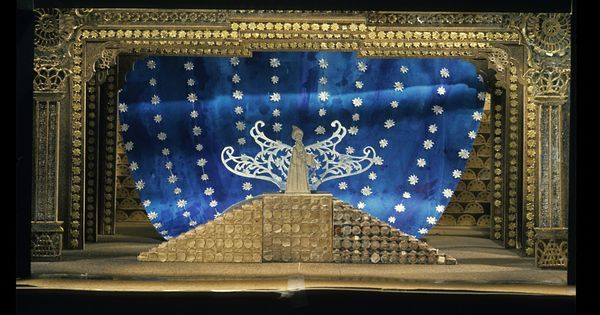 The Magic Flute. Mod - The Magic Flute. Model. National Arts Centre Opera. Scenic design by Peter Rice. 1975 --- #Theaterkompass #Theater #Theatre #Schauspiel #Tanztheater #Ballett #Oper #Musiktheater #Bühnenbau #Bühnenbild #Scénographie #Bühne #Stage #Set
