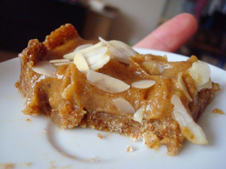 miejscy roślinożercy: Wegański kajmakowy mazurek - bez pieczenia, bez glutenu, bez rafinowanego cukru!