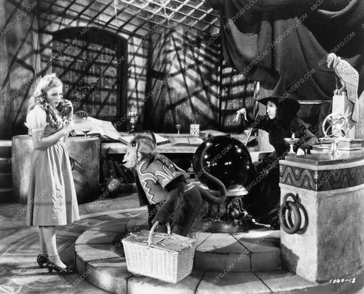 photo Judy Garland Margaret Hamilton classic film The Wizard of Oz 910-20