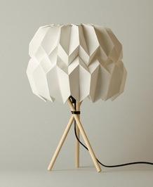 """PLI en papier lampe """"Mariko"""" de Kevin Pfaf , 2012 bois et papier"""