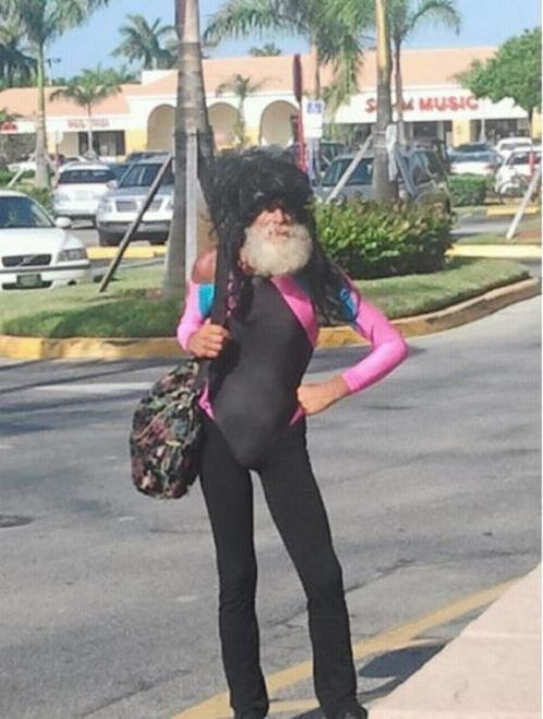nothing hotter than an old man wearing all of that...