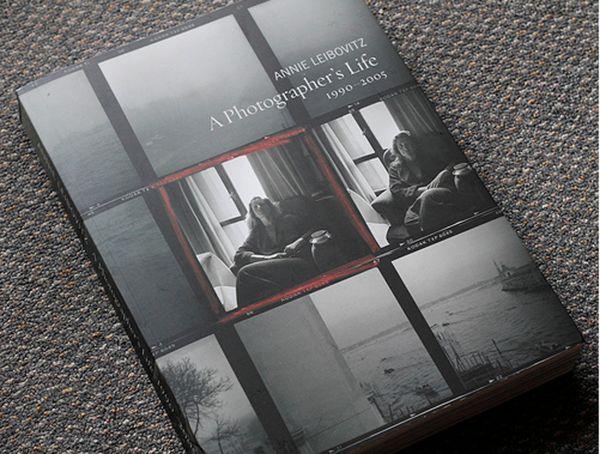"""Il libro  """"A photographer's life"""" di Annie Leibovitz"""