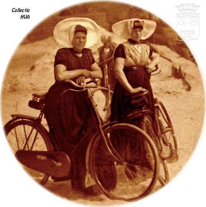 Op de fiets in de omgeving van Arnemuiden 1931 / cycling in the neighbourhood of Arnemuiden