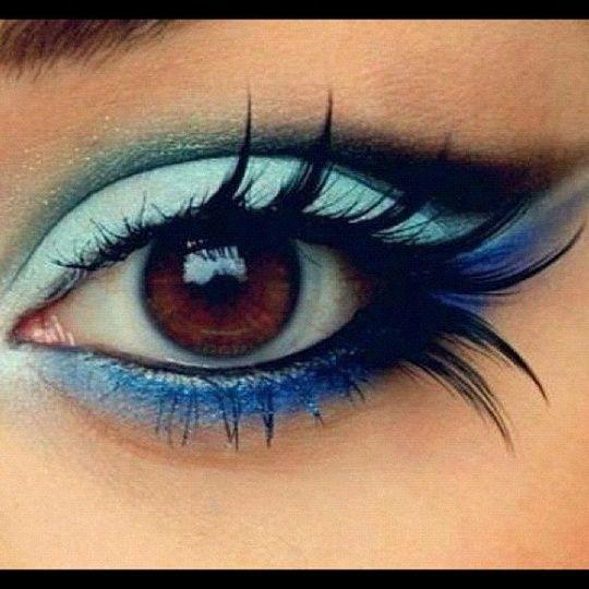 maquillage original en nuances bleues