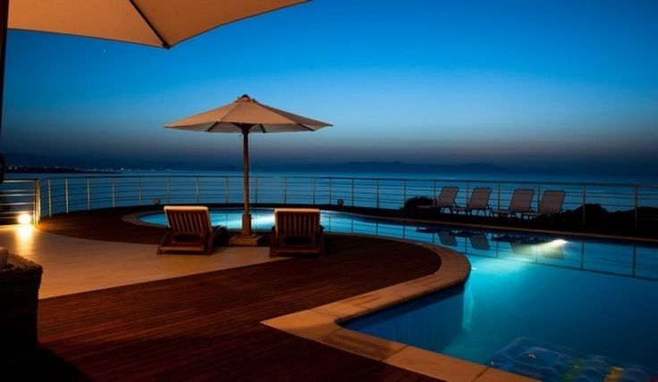 Luxury modern decorated villa only a few steps from the sea, Akrotiri | Cretico