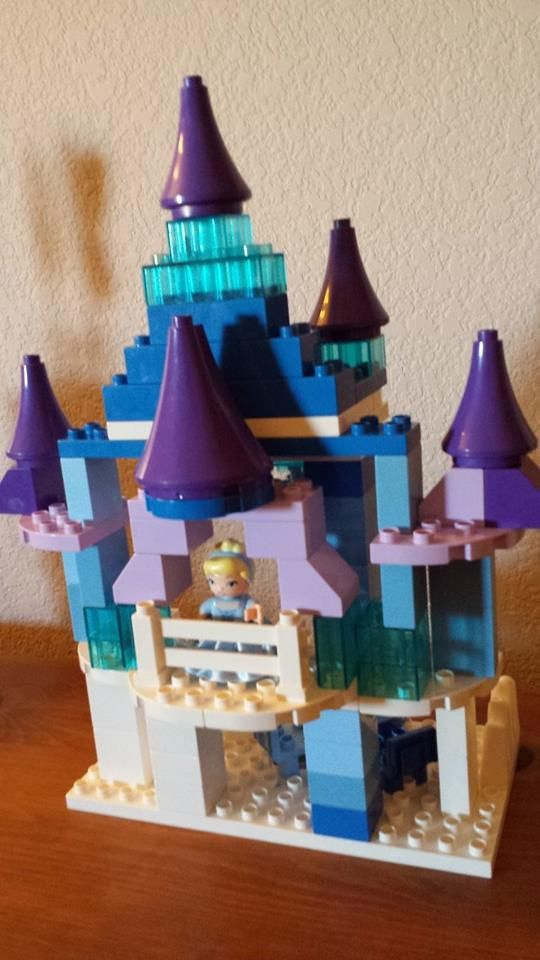 More of the DUPLO Frozen Elsa Castle | Duplo Ideas ...
