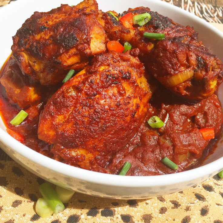 Zimbabwean Chicken Stew | Ivy's Kitchenette | A Taste of Zim | Ingredients: chicken/tomatoes/onion/spring onions/garlic/ dried thyme/ paprika/curry powder/ maggi granules /dried parsley