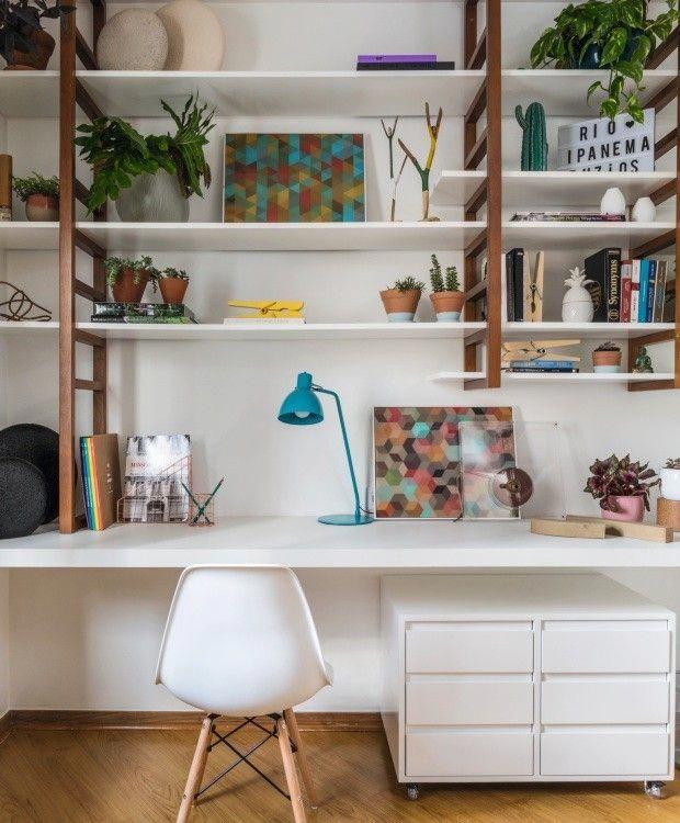 H2C Arquitetura hat für dieses 9,40 m² große Home Office die …