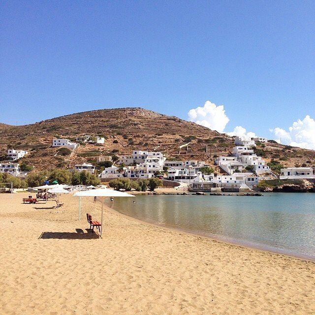 The beautiful & peaceful Alopronia beach , at Sikinos island (Σίκινος). A small island with wonderful alleys to walk into the Chora village !