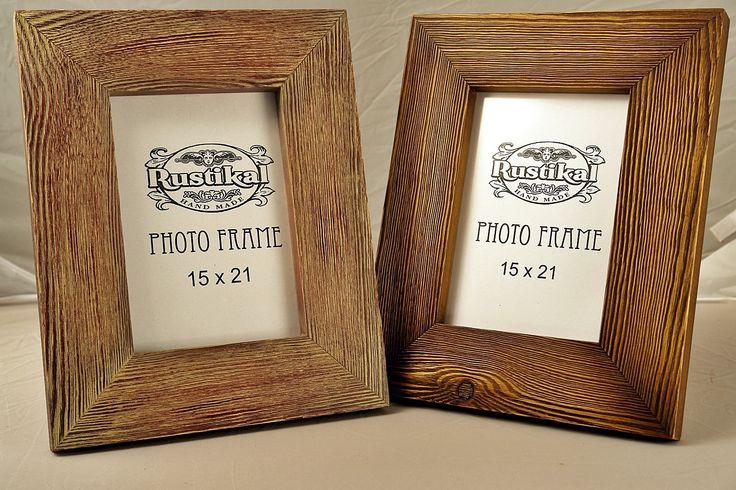 Ramki na zdjęcia postarzane i patynowane Rozmiar 25 x 31 cm.