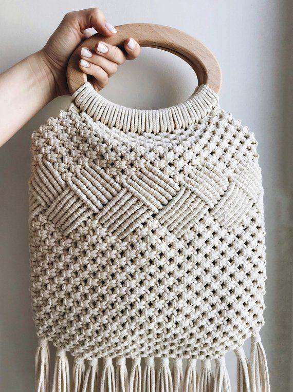 Macrame Bag Wood Handle Bag Boho Handbag Macrame Handbag Handmade Macrame Bag Top Handle Bag S Bag Boho Crochet Ets In 2020 Macrame Bag Crochet Macrame Purse