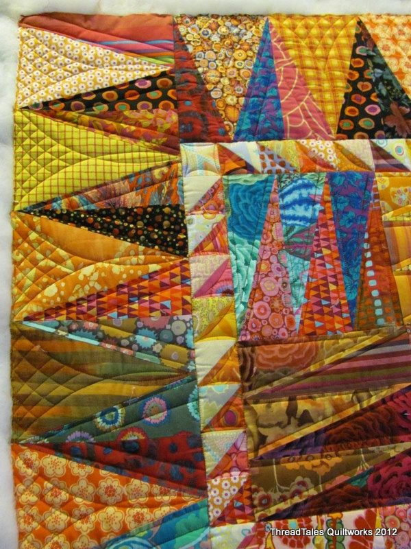 Border quilting by Terri Watson, Thread Tales Quiltworks via MQRecource.com: Border Quilts, Quilting Ideas, Quilting Patterns, Color, Machine Quilts, Quilts Border, Machine Quilting, Quilts Ideas, Border Design