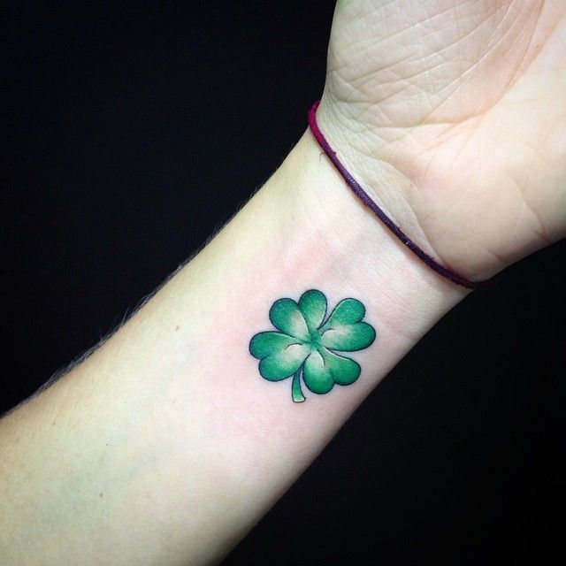 45 Cute Four Leaf Clover Tattoo Ideas and Designs - Lucky Plant