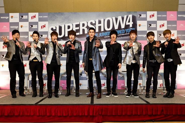 Super Show 4 Press Conference in Singapore