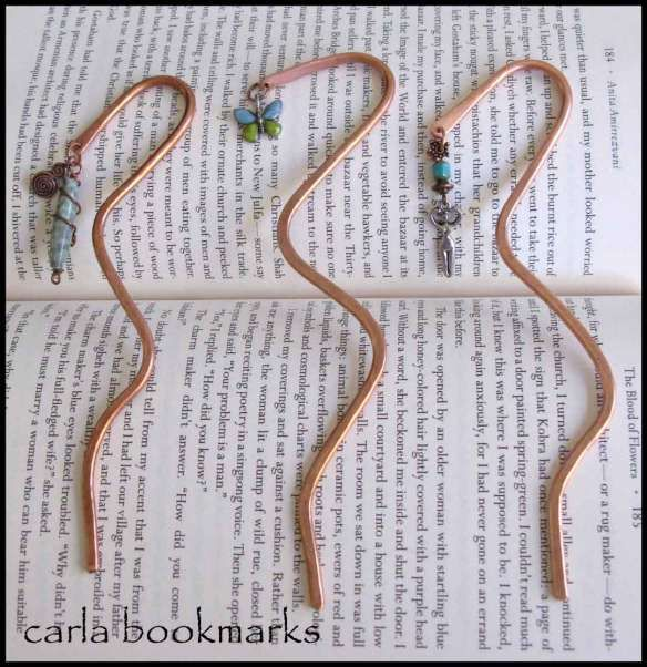 Copper wire bookmark tutorial.