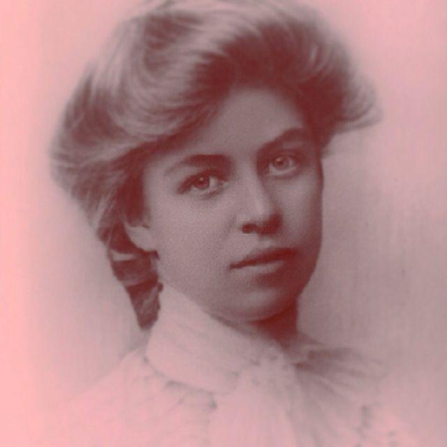 Elegant Eleanor Roosevelt (1899)