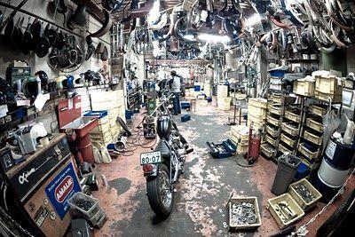 japanese custom motorcycle workshop motorcycle and car. Black Bedroom Furniture Sets. Home Design Ideas