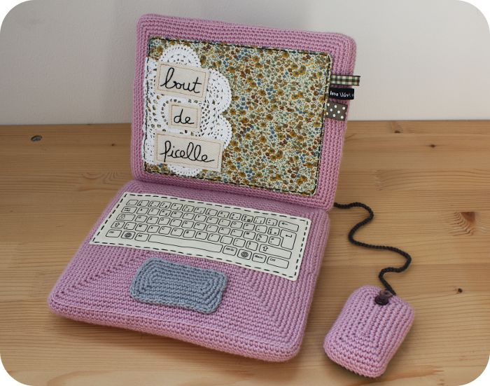 Un ordinateur portable en crochet - The Serial Crocheteuses n°103 - Nath - Bout de Ficelle