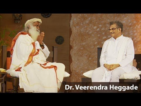 Pattadhikari Dr. D. Veerendra Heggade visits Isha Yoga Center