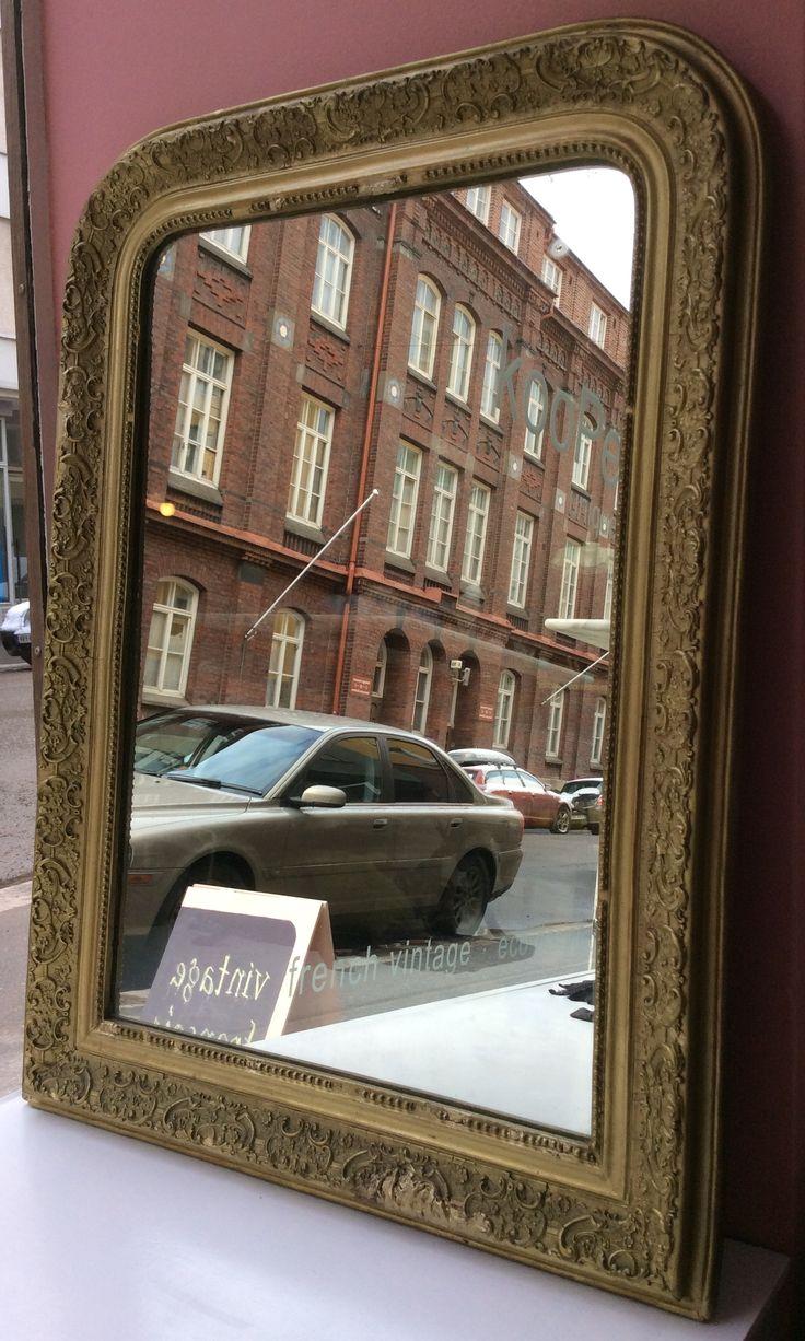kultareunainen peili . korkeus 103, leveys 77cm