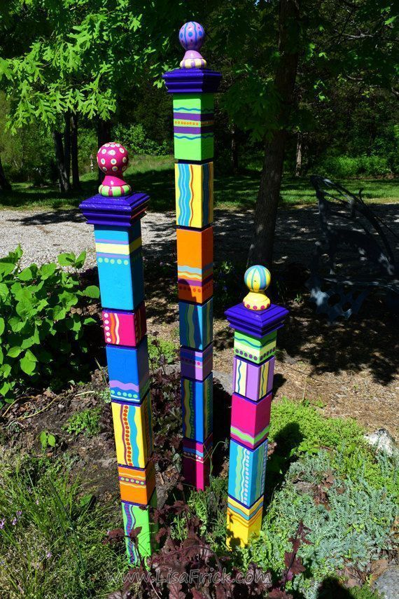 Gartentotems Handgemalte Gartenkunst Gartenskulptur