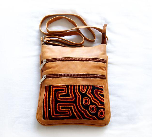 Umhängetaschen - Umhängetasche aus Leder mit Mola-Dekor - ein Designerstück von MolaBags bei DaWanda