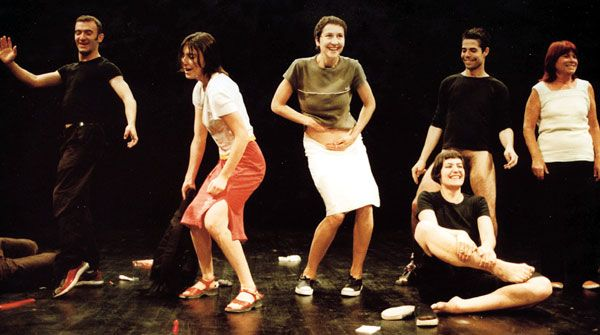 Jérôme Bel, The show must go on, 2001