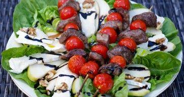 Grillspyd på salatseng