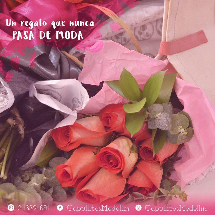 Arreglo floral de rosas. Un regalo que nunca pasa de moda. Taller floral Capullitos en Medellín - Colombia