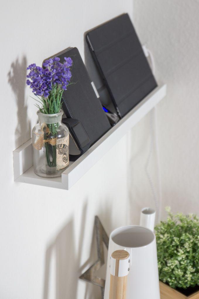 DIY Ladestation aus Bilderleiste Ribba  Kg: Schön! Auch mit kleiner Blume...!