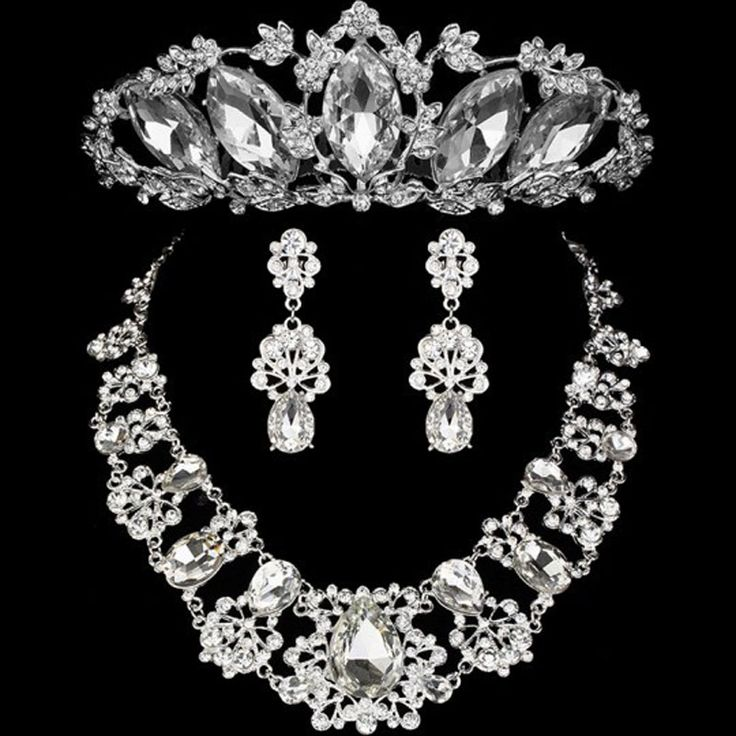 2016 Mode Ontwerp Bloem Kristal Bruid 3 STKS Ketting Oorbellen Tiara Kronen Bridal Sieraden Set Accessoires Voor Vrouwen