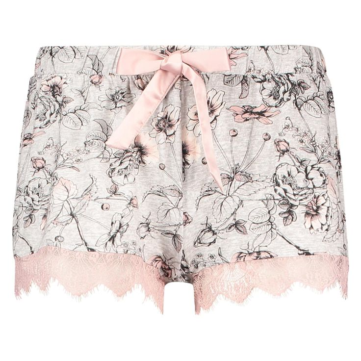 Comfy and cute: These shorts are made from soft fabric with an attractive print. The waist is elasticated.