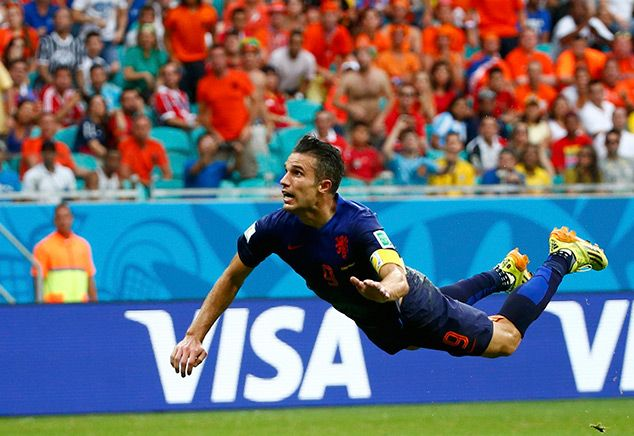 World Cup Final 2010 Rematch Spain vs Netherlands in Pictures >> TotallyCoolPix