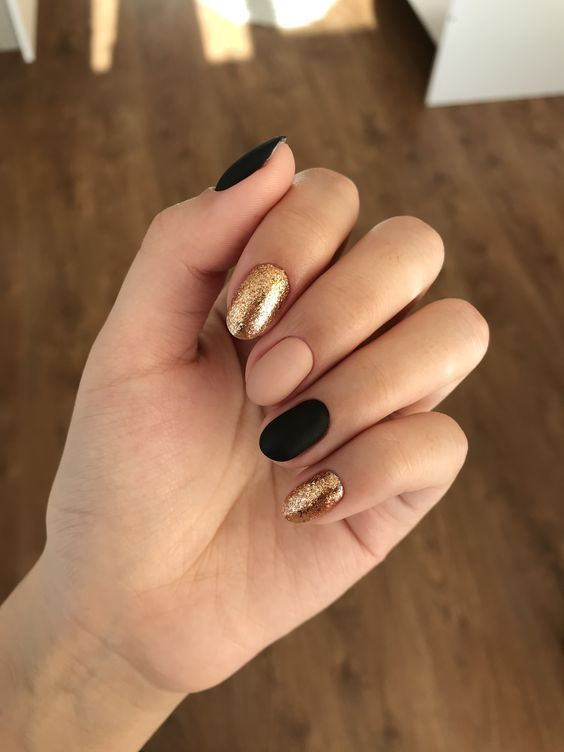 38 Easy DIY Nail Art Ideas For Thanksgiving and Fall