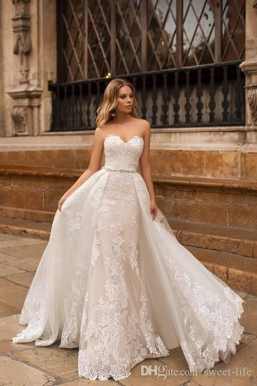 2018 Mermaid Marriage ceremony Clothes With Removable Prepare Sweetheart Lace Appliques Sweep Prepare Seaside Boho Plus Dimension marriage ceremony clothes