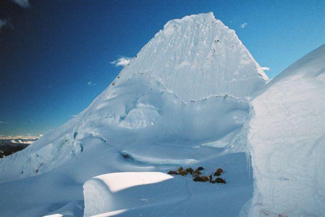 Cordillera Blanca, obóz pod Alpamayo, PERU