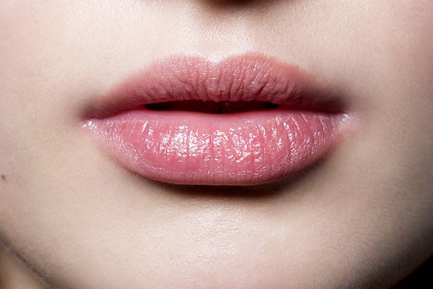 25 Genius Ways to Prevent and Cure Chapped Lips | StyleCaster