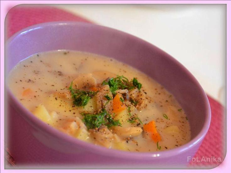 Zupa pieczarkowa z zacierkami